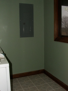 New Paint in Laundry Room